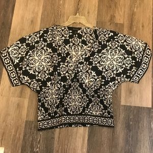 Black House White Market Medallion Print Blouse